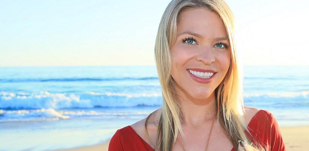 Amber Lyon, vocile femeilor